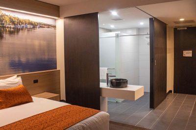 Bridgeport_AccommodationBathroom_HB_13