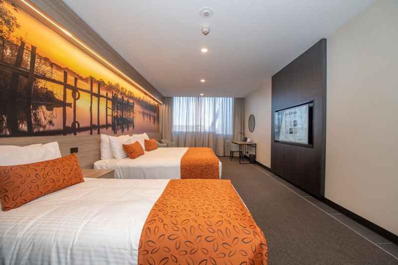 Bridgeport_Room_Cityview_NoBalcony_3_web